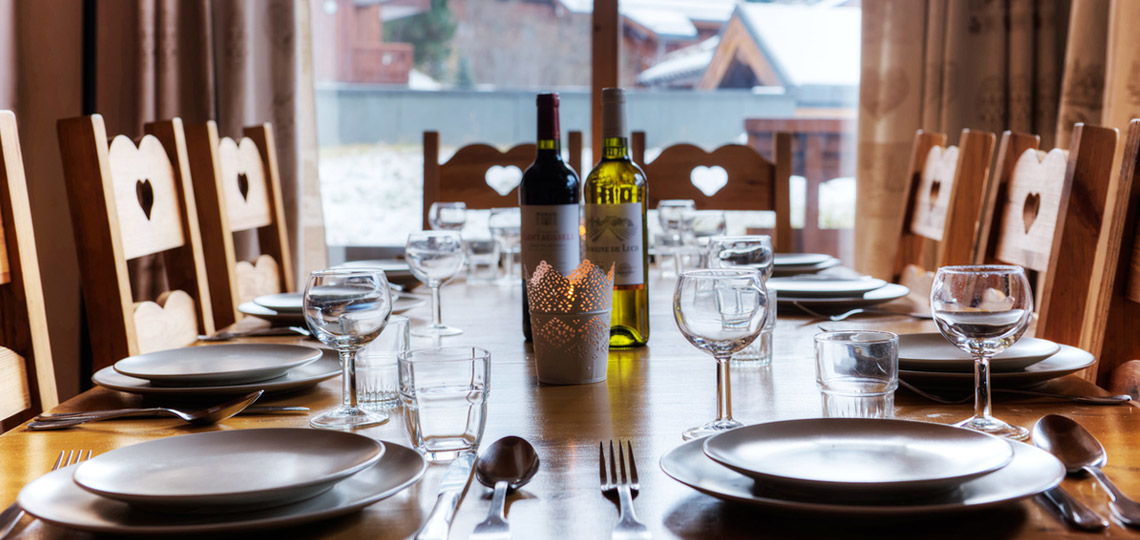 Chalet Epena dining