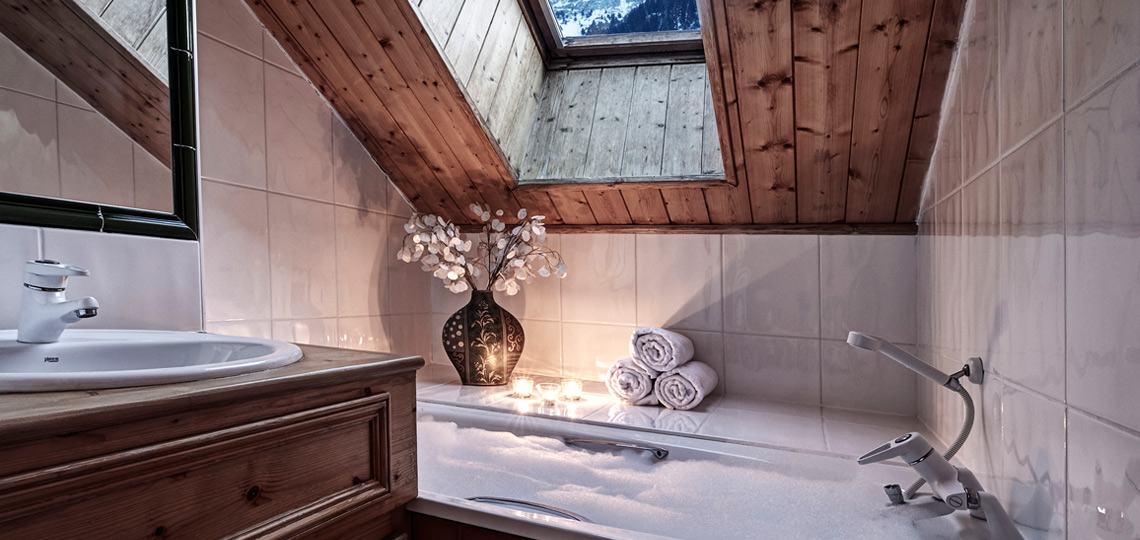 Chalet Le Lachat bathroom