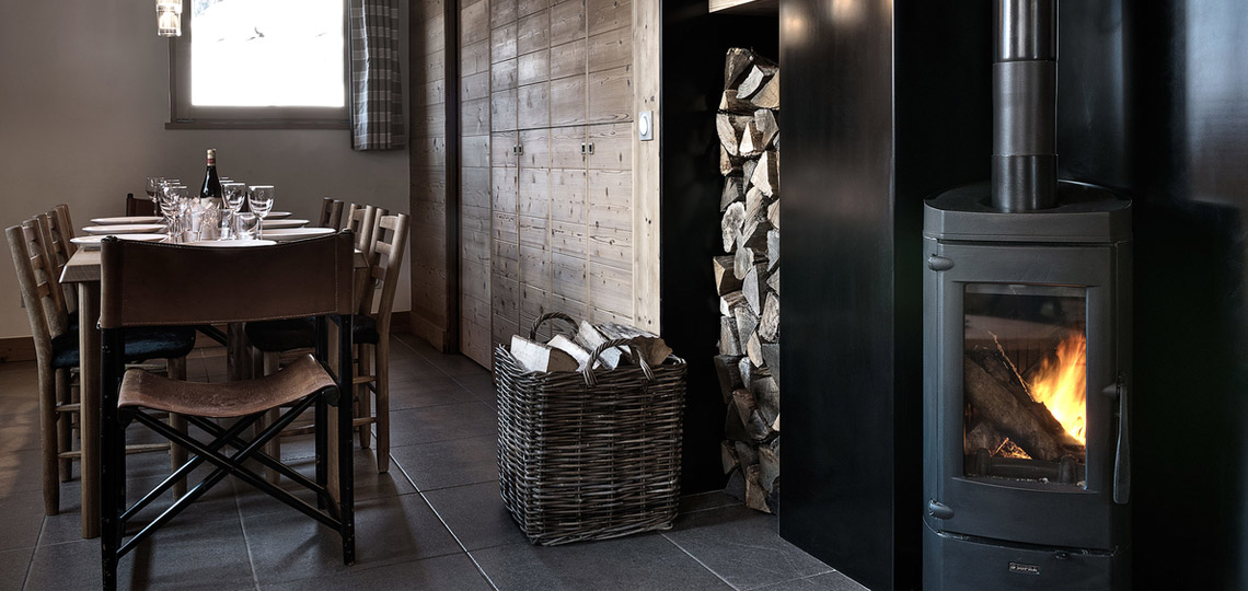 Chalet Victoire dining room
