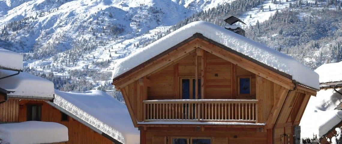 Ski Basics - Ski Chalets in Meribel 010