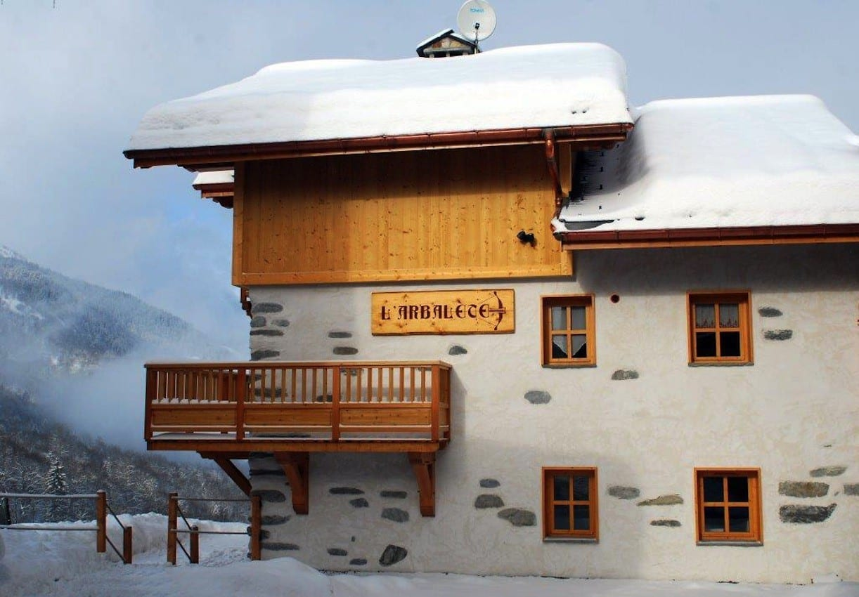 Ski Basics - Ski Chalets in Meribel 03