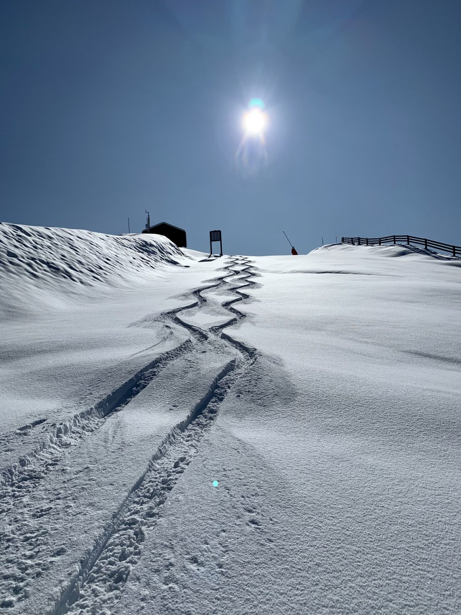 skiing in Meribel