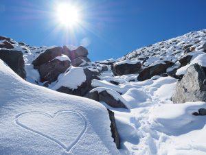 heart in snow meribel