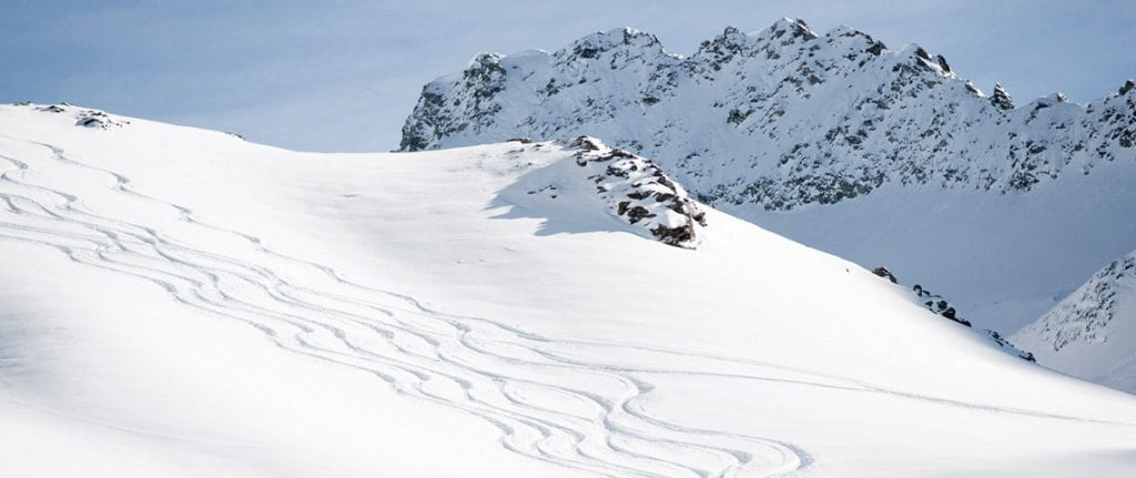Skiing tips for beginners to ensure you hit the slopes running
